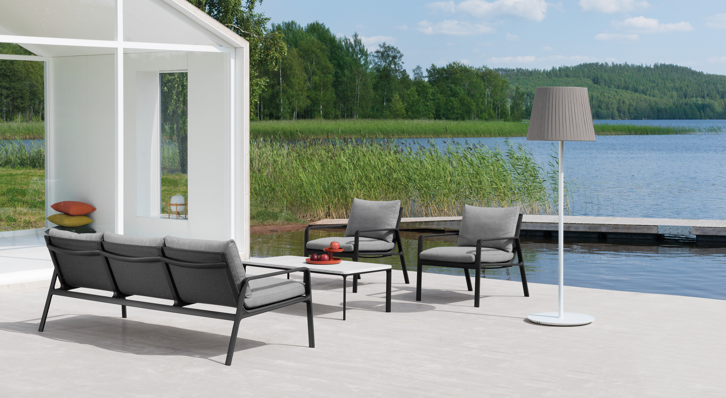 Arredamento outdoor kettal for Arredamento outdoor